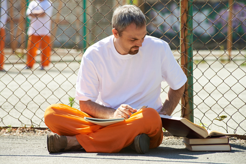 Helping Heroin Addicts in Jail Avoid Relapse after Release